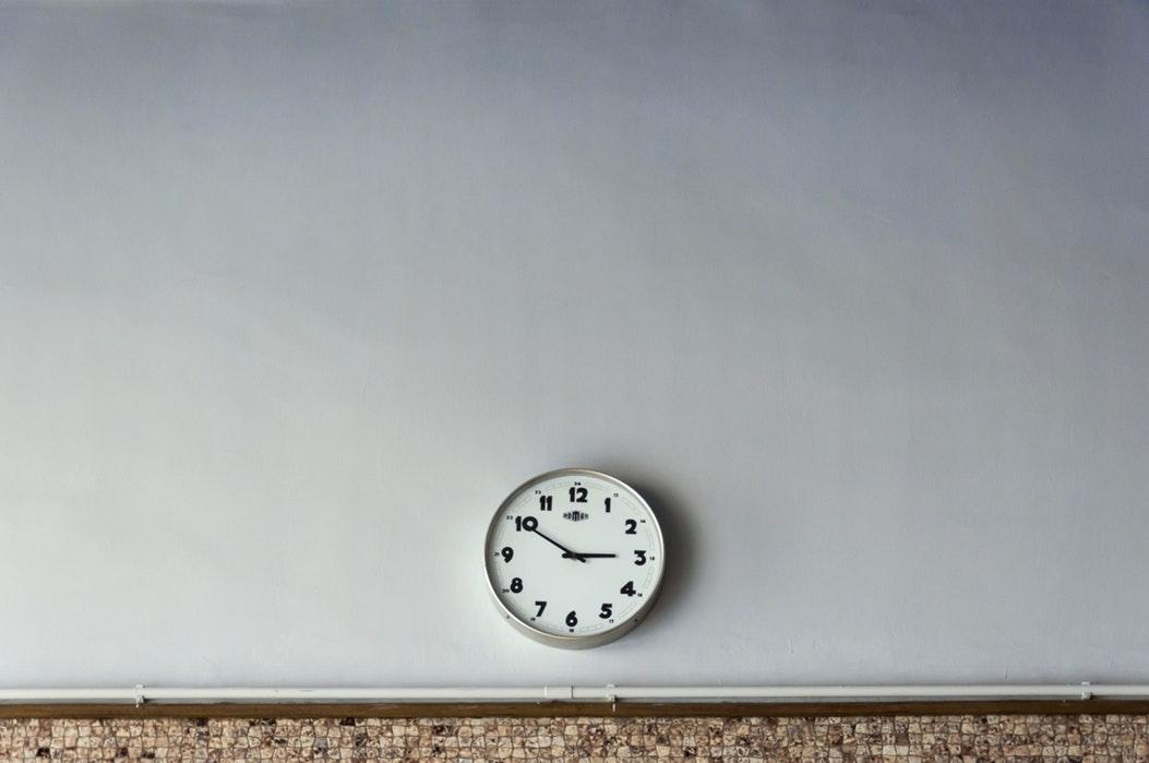 Gestionar el control de horas trabajadas en tu empresa