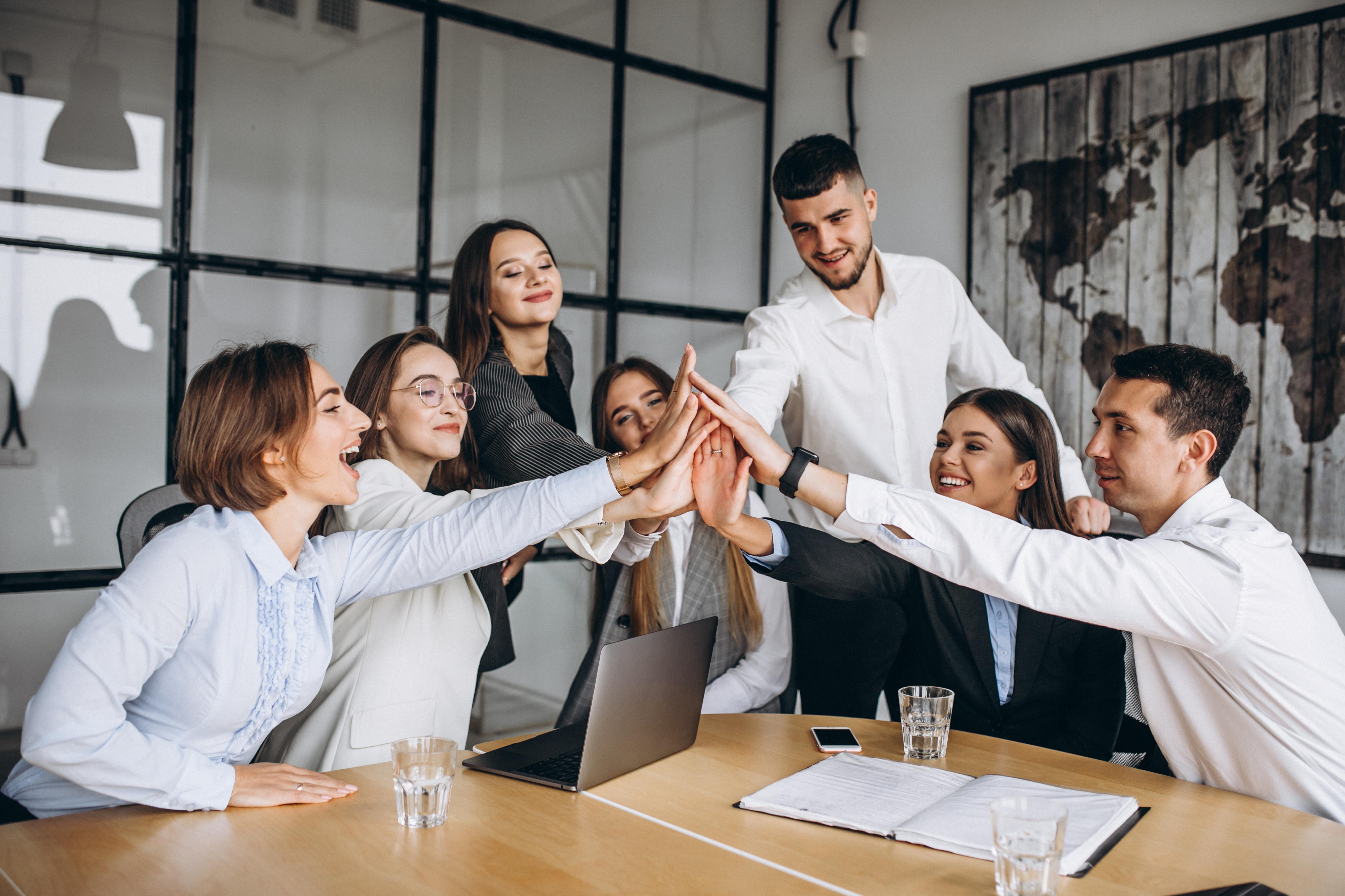 O que é liderança positiva e como usá-la com sucesso